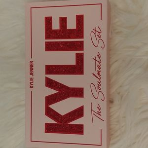 💖NWT Kylie Cosmetics The Soulmate Set